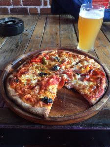 Pizza and beer at the Rising Sons brewery